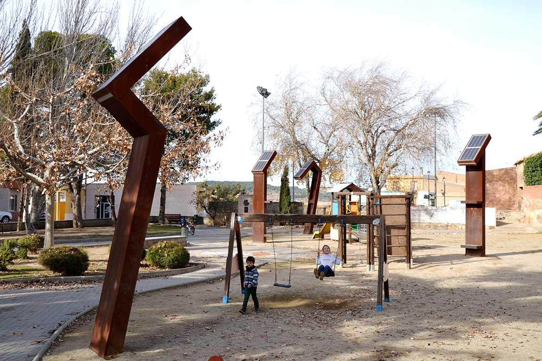 <!--:ca-->Totems al Parc La Bassa Gandesa<!--:-->